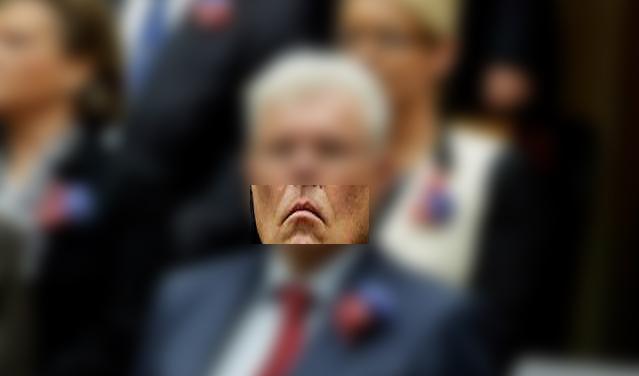 Werner Neubauer klein Mund innen