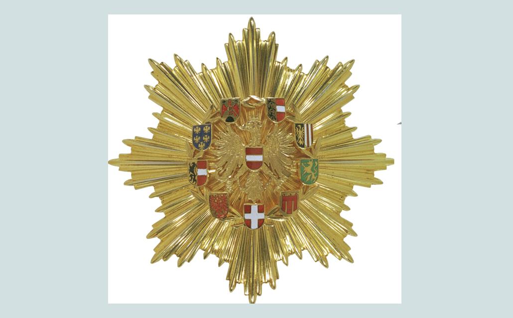 1030x640-pfeifer-ehrenzeichen